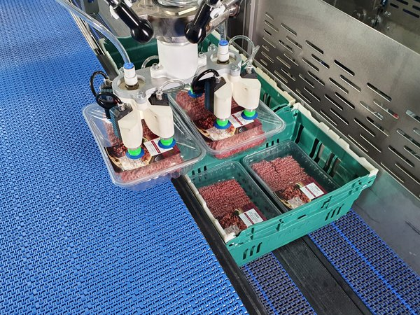 brillopak-meat-packing-automation-machine-unipaker
